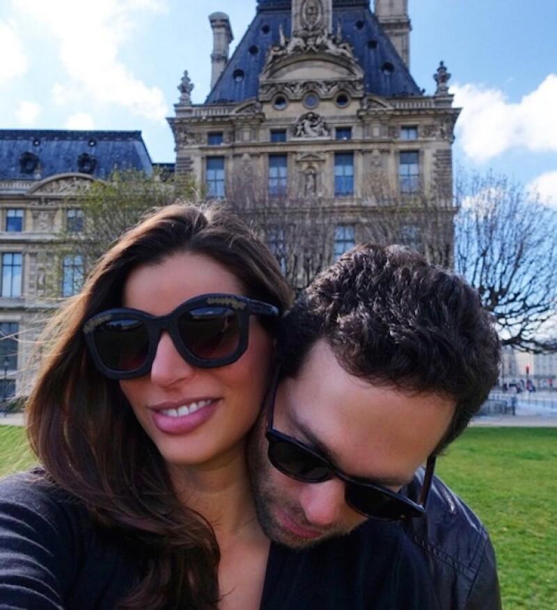 Bárbara ya vive en París junto a su esposo, Alejandro Hank