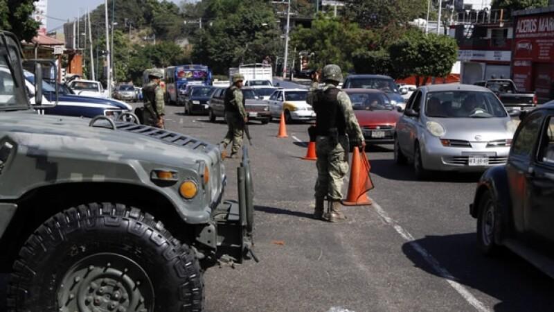 Militares-carretera