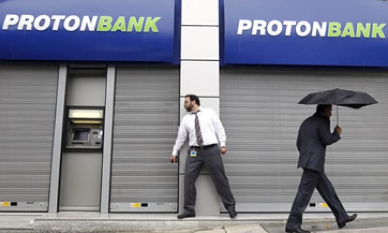Todas las cuentas privadas, depósitos gubernamentales y activos de Proton serán transferidos a la nueva entidad. (Foto: AP)