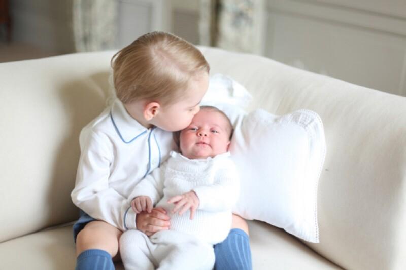 Bellas prendas a precios accesibles, es el sello que Kate ha tratado de implementar a la hora de vestir a sus hijos.