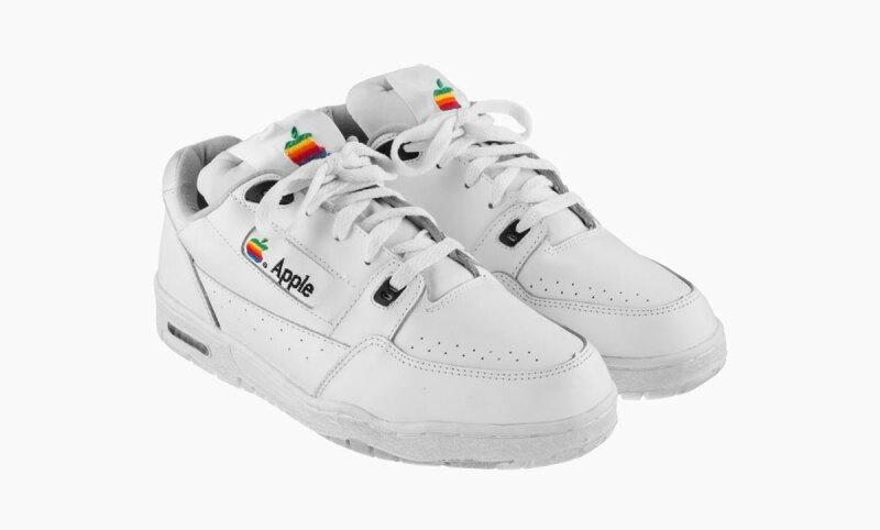 apple-sneakers-Versace
