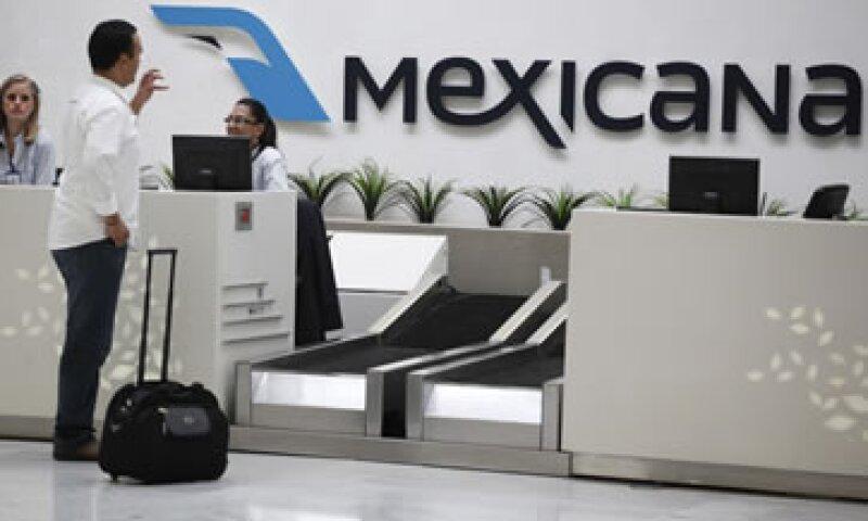 El sindicato pide a la SCT que se frene la decisión de otorgar la autorización tácita para que otras firmas dispongan de bienes y derechos de Mexicana. (Foto: AP)