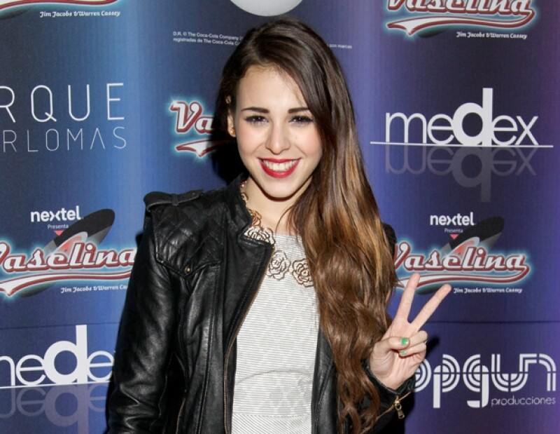Danna Paola afirma que Eleazar Gómez y ella sólo son amigos.