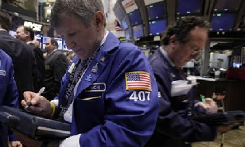 La mayoría de los papeles de mejor desempeño el año pasado retrocediendo en la sesión de Wall Street. (Foto: Getty Images)