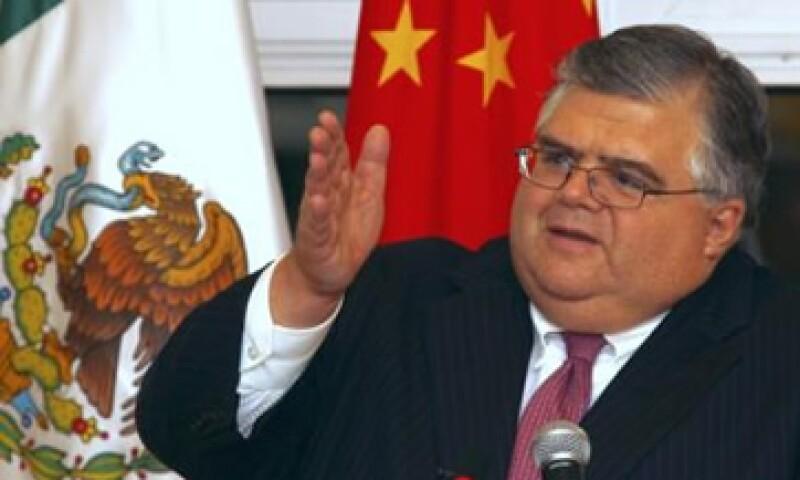 Carstens consideró que su encuentro con autoridades económicas chinas resultó fructífero. (Foto: Reuters)