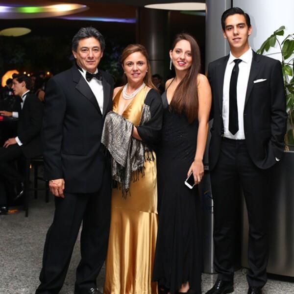 Luis Alberto García, Ana Teresa Villareal, Carolina y Gilberto García