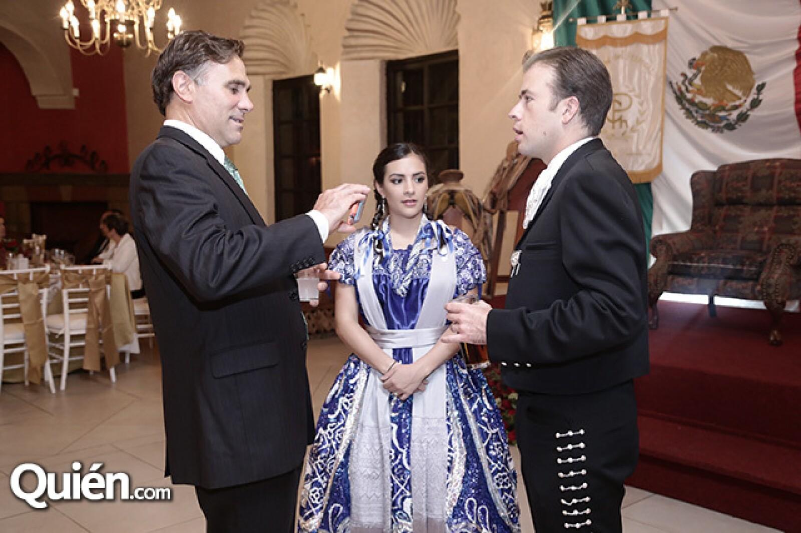 Paul Roberti, Berny y Mariana Arenas
