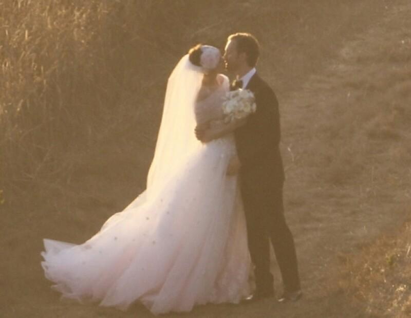 Después de cuatro años de noviazgo, la pareja dio el `Sí ´.