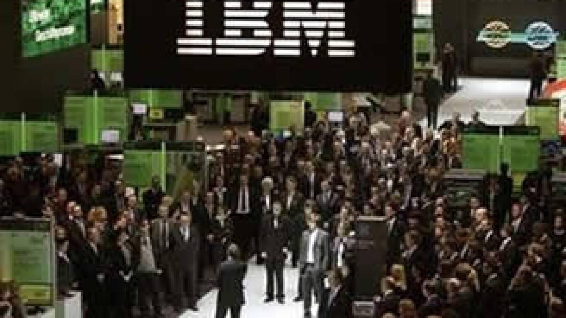 Tras revelar sus resultados, el valor de los papeles de IBM retrocedía. (Foto: Reuters)