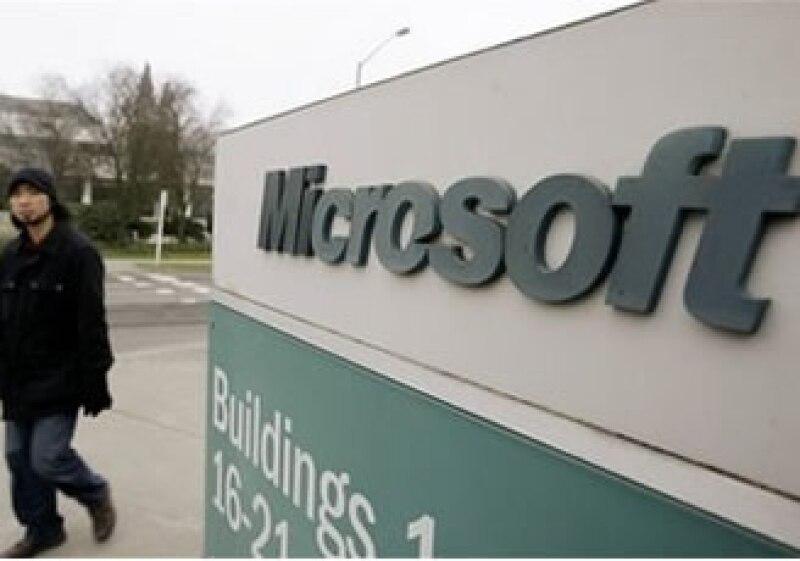 Microsoft ha estado buscando fórmulas para desafiar al líder del mercado, Google. (Foto: AP)