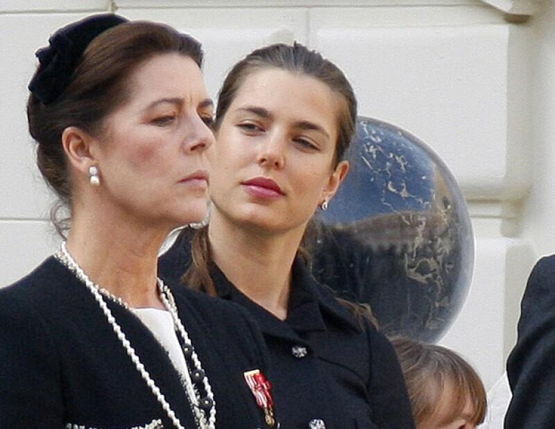 Carlota es muy parecida a su mamá, Carolina de Mónaco.
