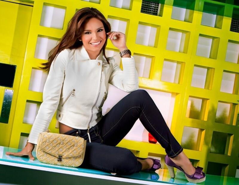La presentadora del programa de televisión de TV Azteca nos platicó cómo ha sido su experiencia en el matutino, el cual aceptó al principio le costó acoplarse a sus compañeros.