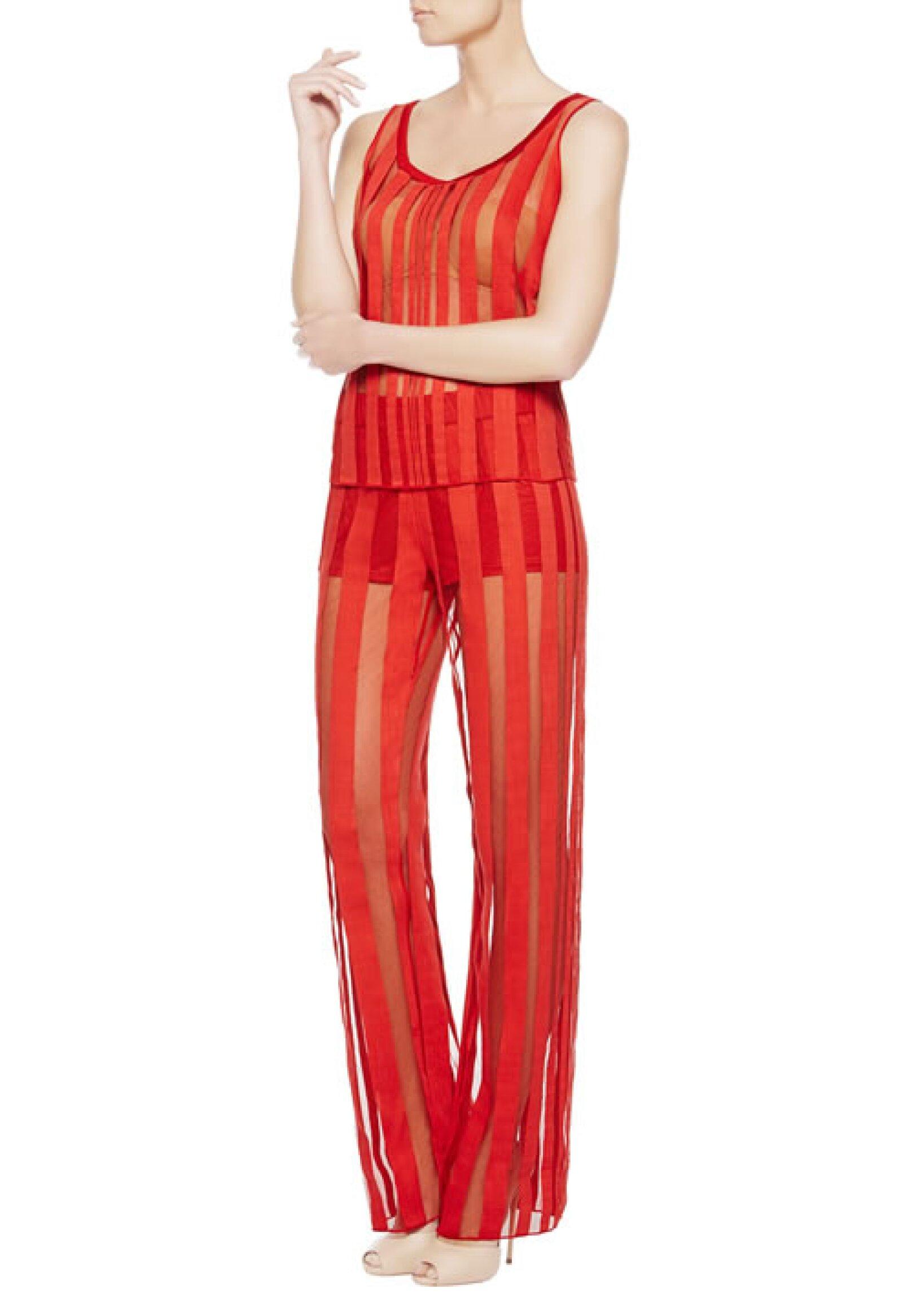 Pijama Cool Stripes en encaje Leavers. 2,367 pesos, precio aprox. en La Perla.