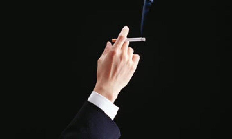 600,000 personas mueren cada año a causa de la exposición pasiva al humo del tabaco. (Foto: Getty Images)