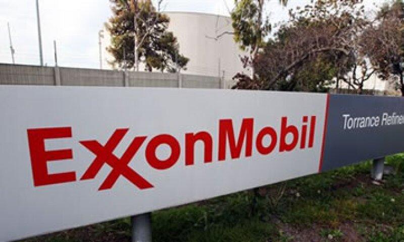 Exxon planea invertir 185,000 mdd para explorar y desarrollar nuevas fuentes de petróleo y gas. (Foto: AP)