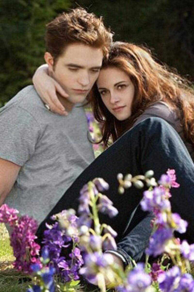 """Ayer anunciaron a los posibles ganadores de los Teen Choice Awards, los cuales se llevarán a cabo el 11 de agosto. Los que resaltan: la ex pareja de la película """"Crepúsculo""""."""