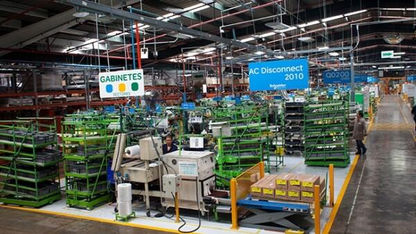 Vista general de las c�lulas de trabajo. Planta Schneider Electric
