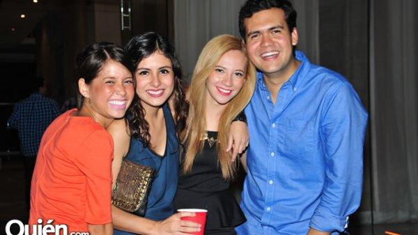 María Paredes, Gloria López, Adriana Osuna y Felipe Méndez