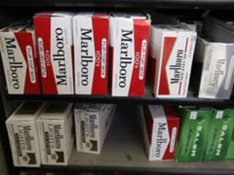 El impuesto por cajetilla de cigarros en EU subirá a 1.01 dólares. (Foto: AP )