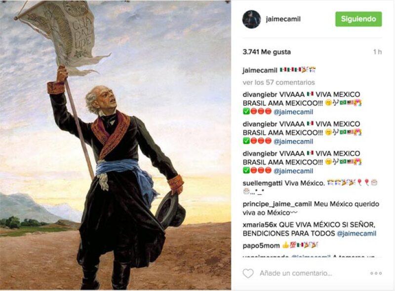 Salma Hayek, Jaime Camil, Aarón Díaz y Alejandro Sanz, no han perdido la oportunidad para celebrar la Independencia de México a través de redes sociales.