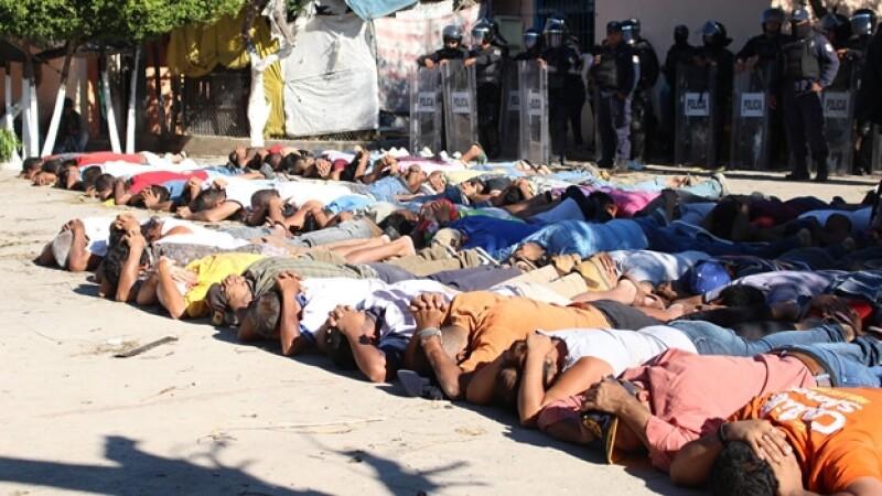 Los policías estatales de Guerrero tomaron el control del cereso de Iguala