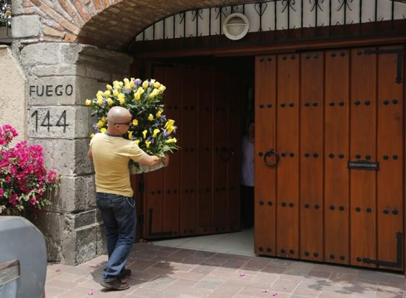 El escritor dejó este martes el hospital de la Ciudad de México donde se encontraba luego de haber sido internado por una infección pulmonar y en las vías urinarias.