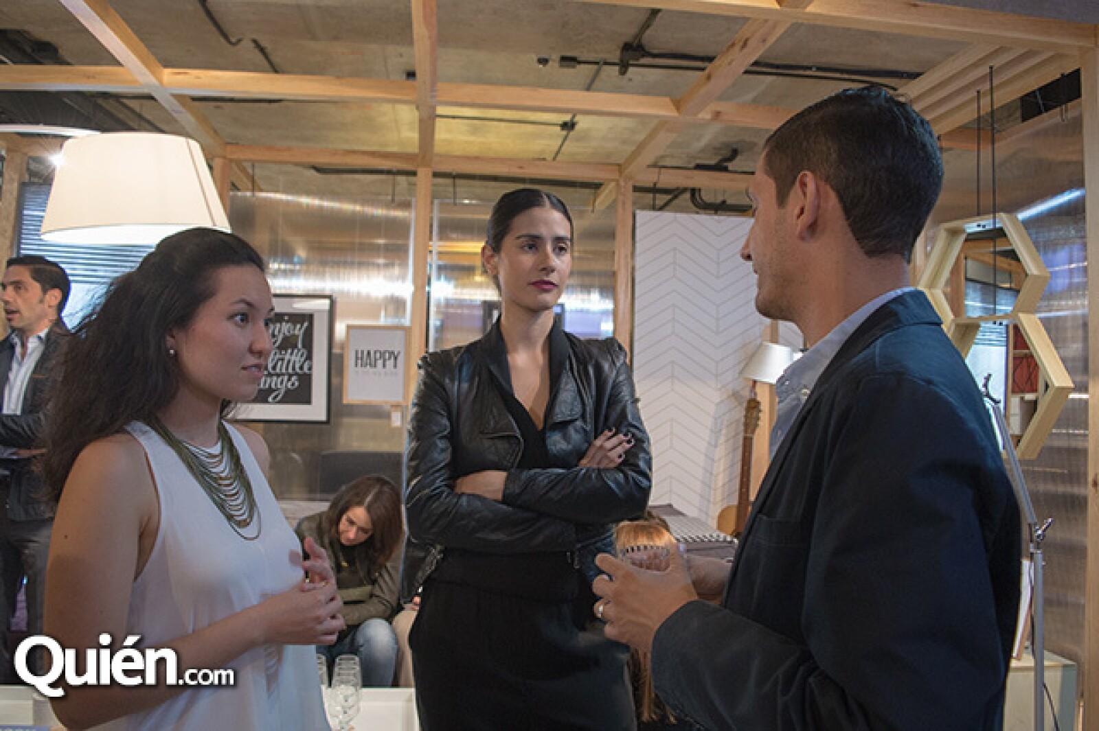Gabriela Martínez, Maria Jose Medina y Rodrigo Pérez