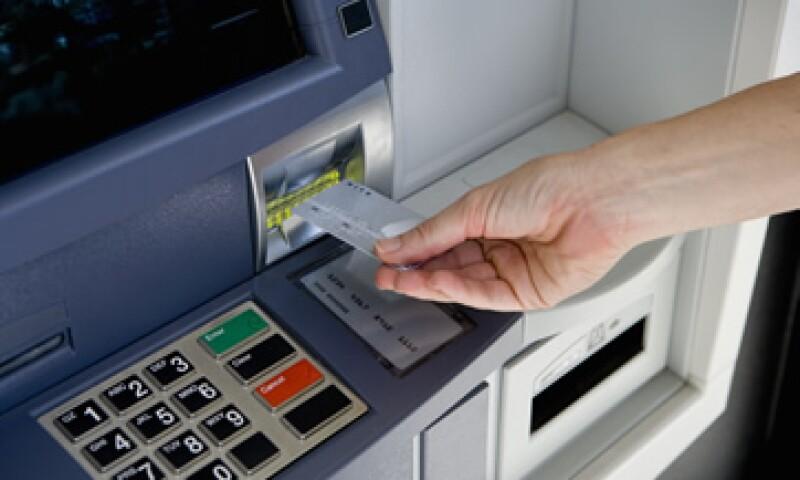 Visa autorizó un programa de recompra de acciones por 5,000 millones de dólares. (Foto: Getty Images)
