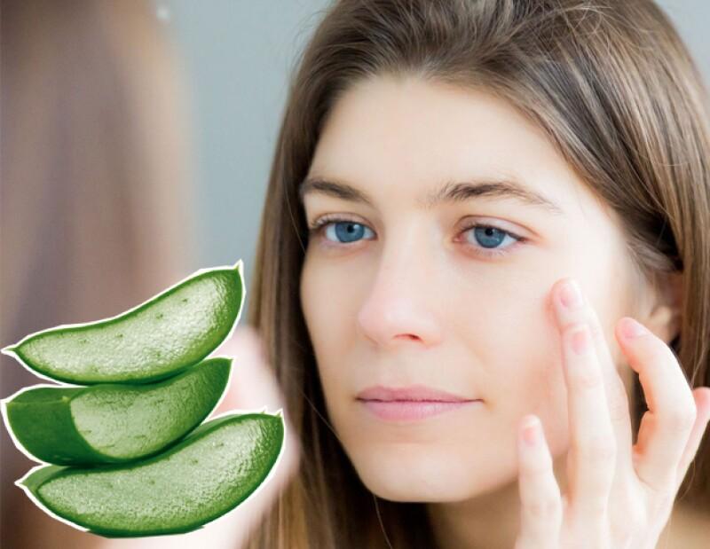 Usar aloe vera en la cara es una excelente opción para evitar y eliminar el acné.