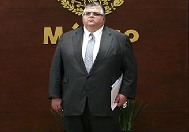 La cercana relación de Agustín Carstens con el Gobierno de Felipe Calderón preocupa a los senadores mexicanos. (Foto: Reuters)