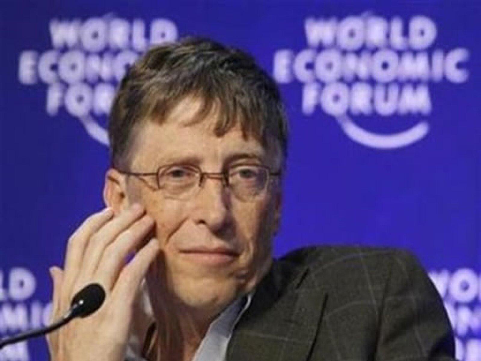 Bill Gates, quien el año pasado se encontraba el segundo lugar, recupera el primer sitio con 40,000 millones de dólares.