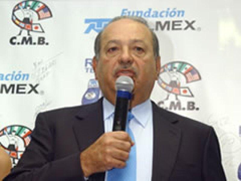 El magnate mexicano ha estado comprando diversas empresas, en medio de la crisis. (Foto: Notimex)