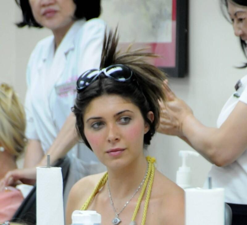 Según la agencia The Grosby Group, Brittny Gastineau, amiga de Kim Kardashian, sería la nueva pareja del cantante mexicano.