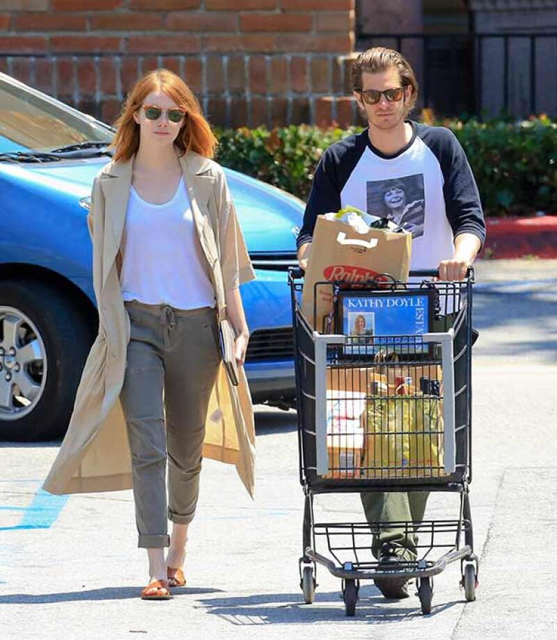 A poco más de un meses de que se anunciara su separación, la pareja fue vista haciendo compras en Malibú, hecho que parece confirmar que retomaron su relación.