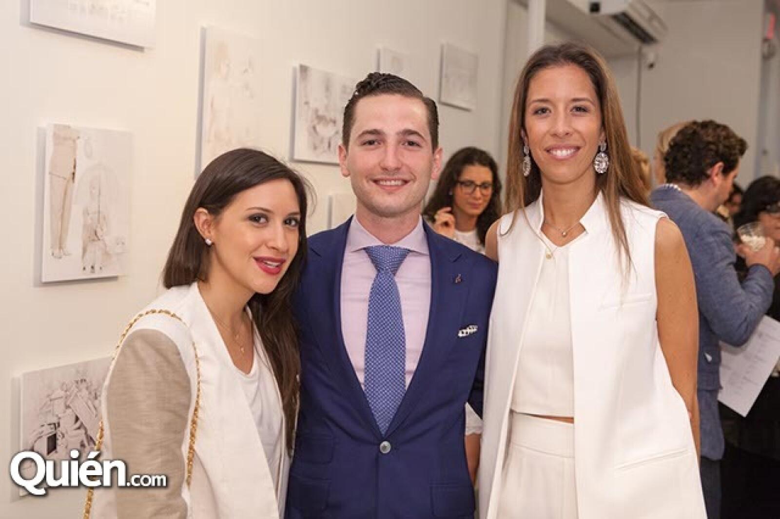 Ana Cecilia Pérez,Alexis Zambrano y Juana Domenzain Girault