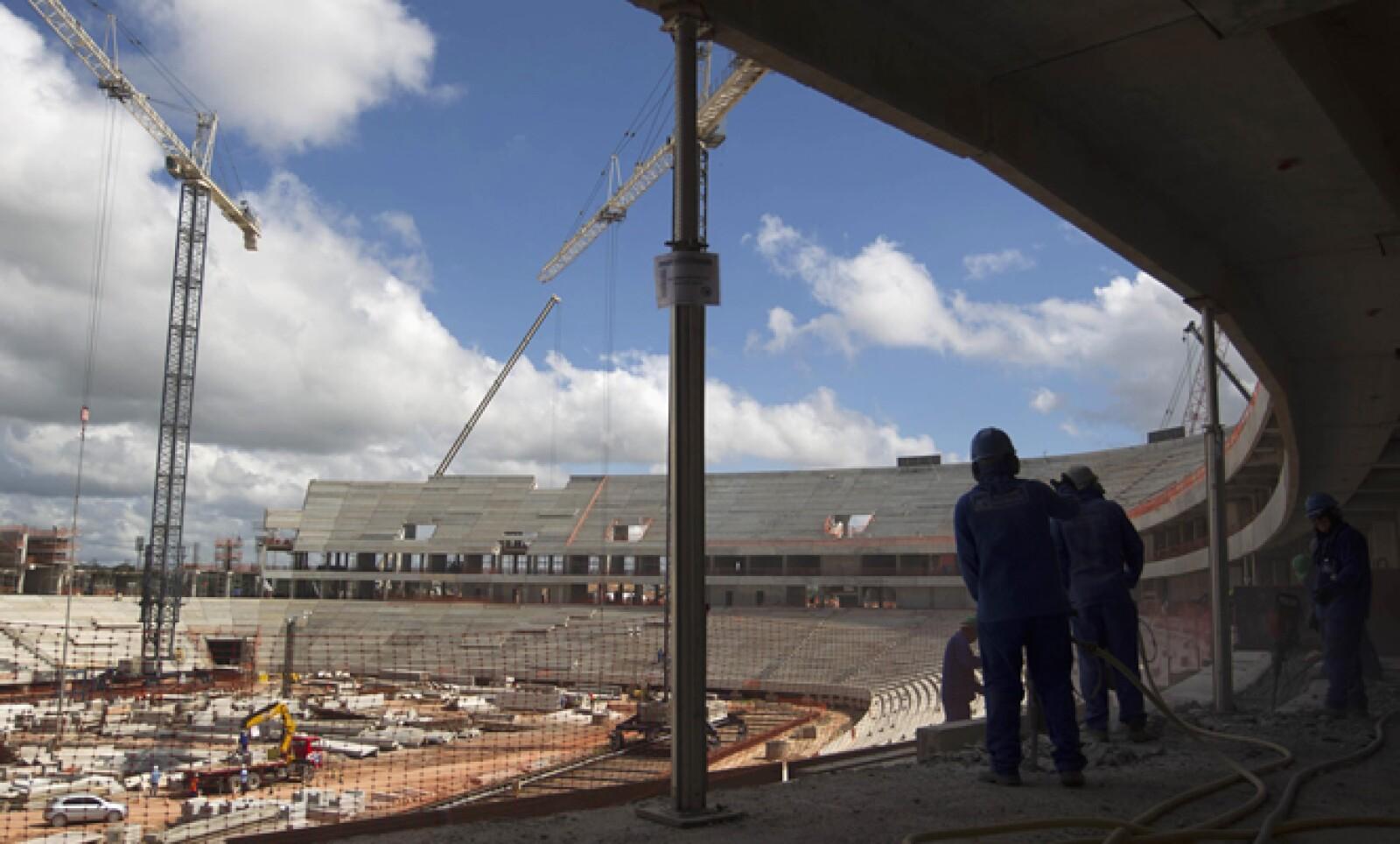 La Copa del Mundo del 2014 será un enorme desafío logístico para Brasil, con unos 3 millones de fanáticos.