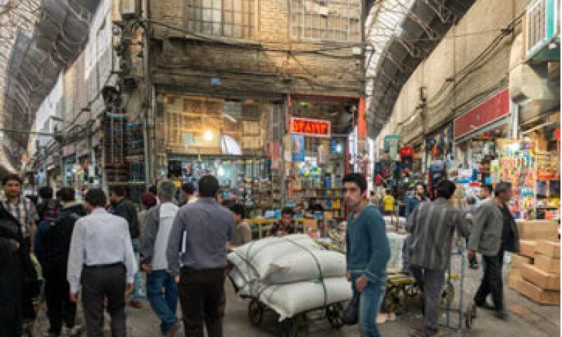 Los bazaaris de Teherán desean que Irán pueda volver al sistema bancario global. (Foto: Getty Images )
