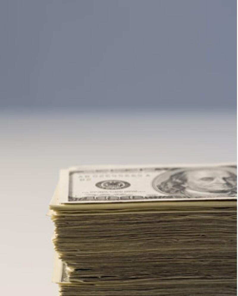 El dólar presenta desventaja ante el peso en la jornada. (Foto: Photos to go)
