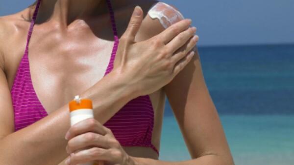 El sensor del bikini mide la radiación ultravioleta y transmite la información al teléfono móvil. (Foto: Getty Images/ Archivo)