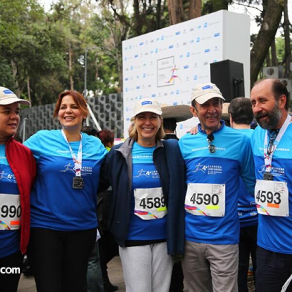 Sonya Santos,María Esther Villar,Marie Thérèse Arango,Manuel Arango y Walter Boelsterly