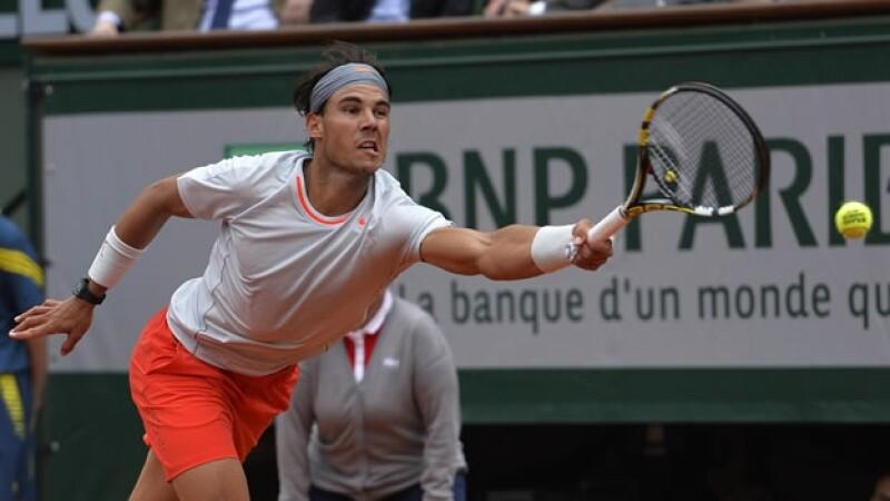 Rafael Nadal juega en Roland Garros