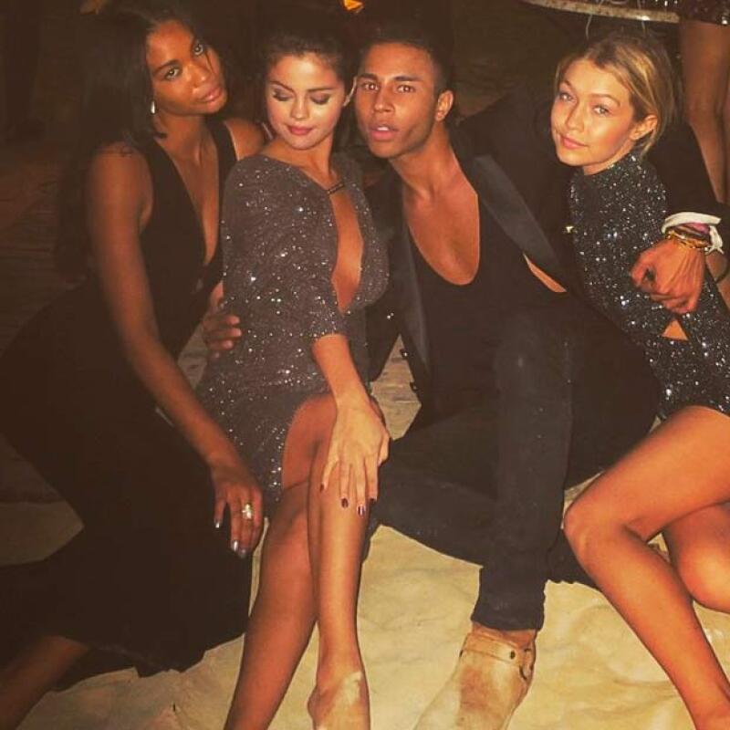 Selena y sus amigos disfrutaban del año nuevo en Abu Dabi.