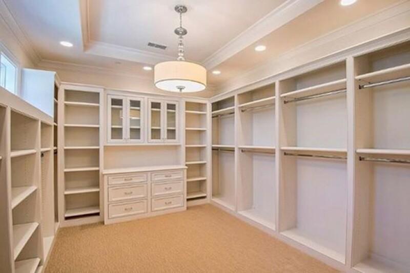 Los closet son bastante amplios.
