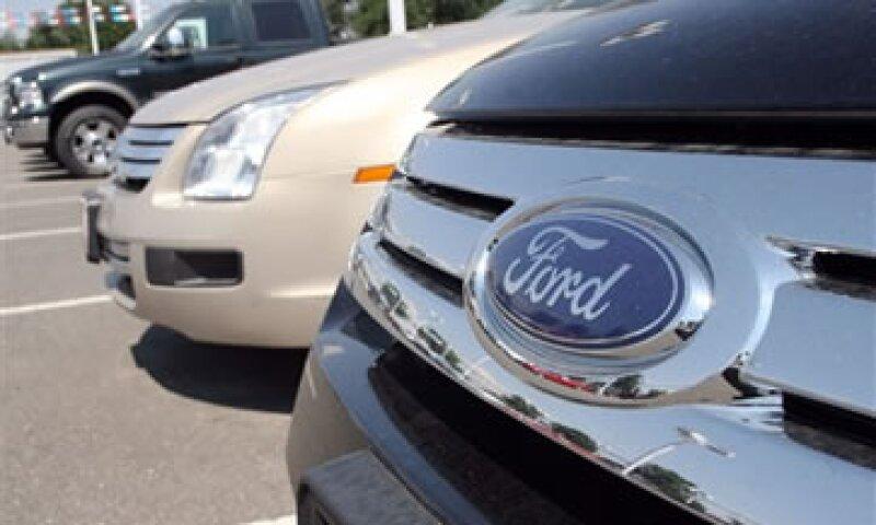Las exportaciones totales de Ford México cayeron 14.5% durante 2012.  (Foto: Reuters)