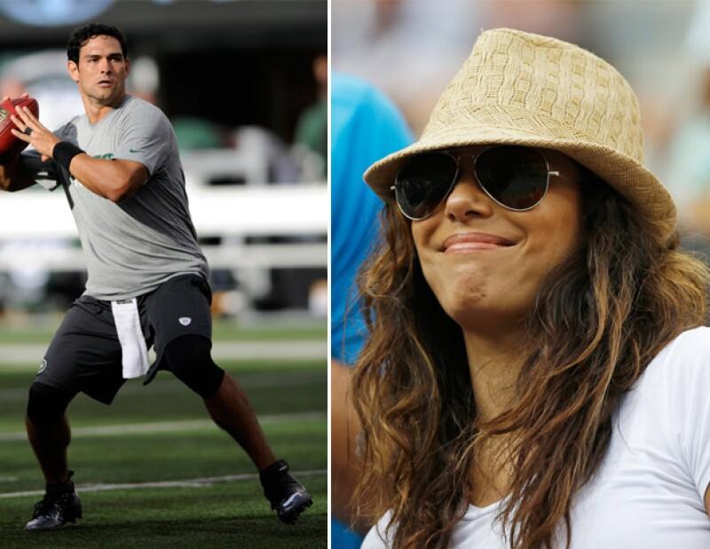 Fue su amigo Mario Lopez quien logró que la `esposa desesperada´admitiera que se encuentra saliendo con el jugador de los New York Jets.