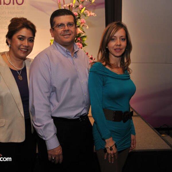 Yolanda Ley, José Manuel Arana y Margarita Valádez