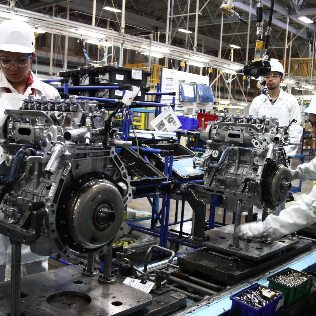 La Mano De Obra Femenina Gana Fuerza En El Sector Automotriz