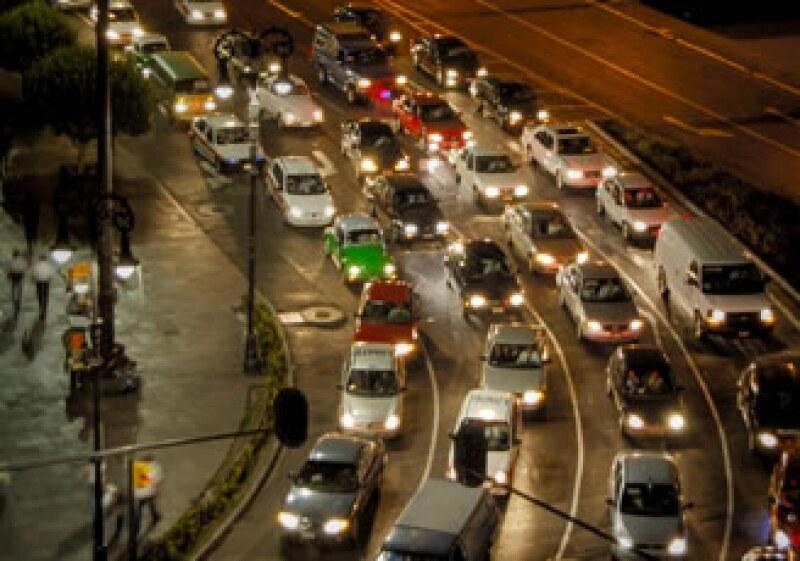 México arroja al ambiente 102 millones de toneladas de CO2 al año. (Foto: Cortesía: SXC)