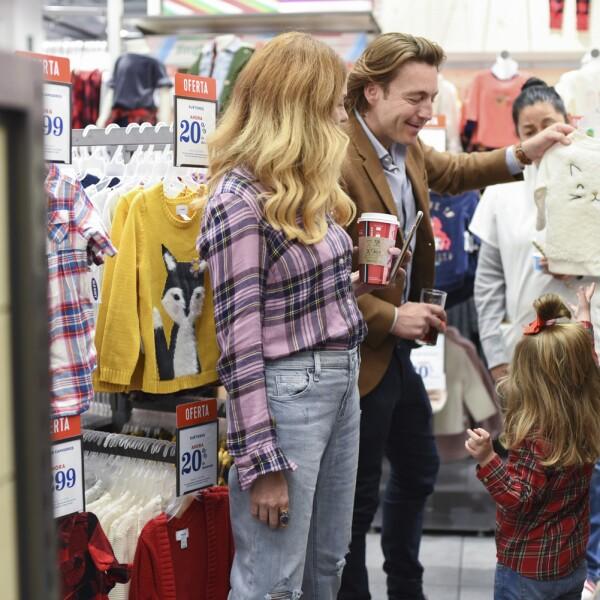 Michelle Torres con Mateo y Sienna Gorina.jpg