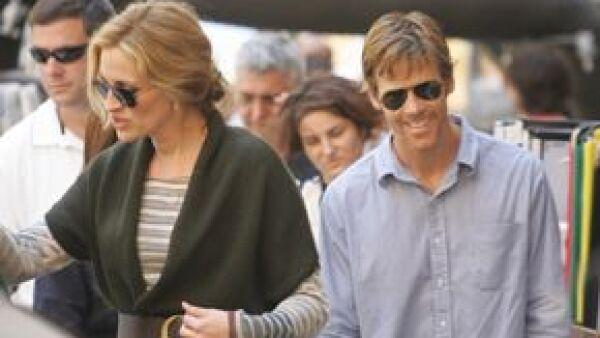 La actriz se encuentra rodando su nueva película, 'Fat, pray, love', en Nápoles, ahí estuvo acompañada por su esposo.
